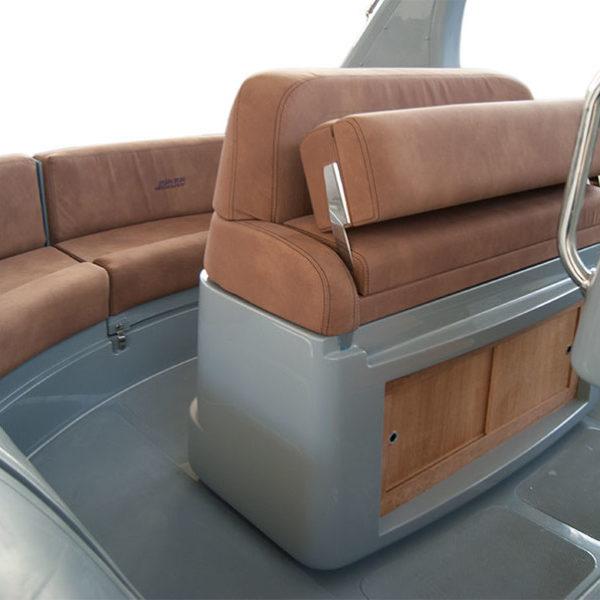 Gommone Joker Boat Wide 750 Seduta Di Guida Cassero Wide 750 3 1 Uai 602x602