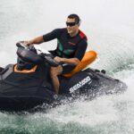 Sea My21 Spark Men Riding Alone Action Rgb