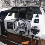 Saver 330 Walkaround Nautic Service Lago Di Garda Console Guida3