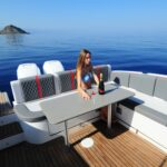 Saver 330 Walkaround Nautic Service Lago Di Garda Tavolo Con Francesca3