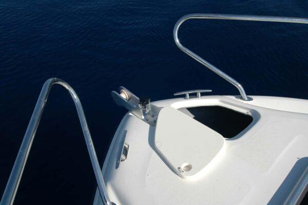 Saver 590 Cabin Nautic Service Lago Di Garda Gavone Ancora