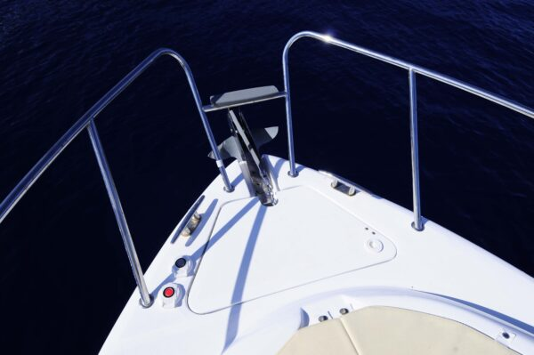 Saver 750 Cabin Sport Nautic Service Lago Di Garda Area Prua2